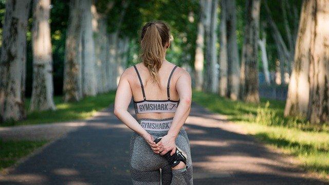 Ubrania na siłownię dla sportowców